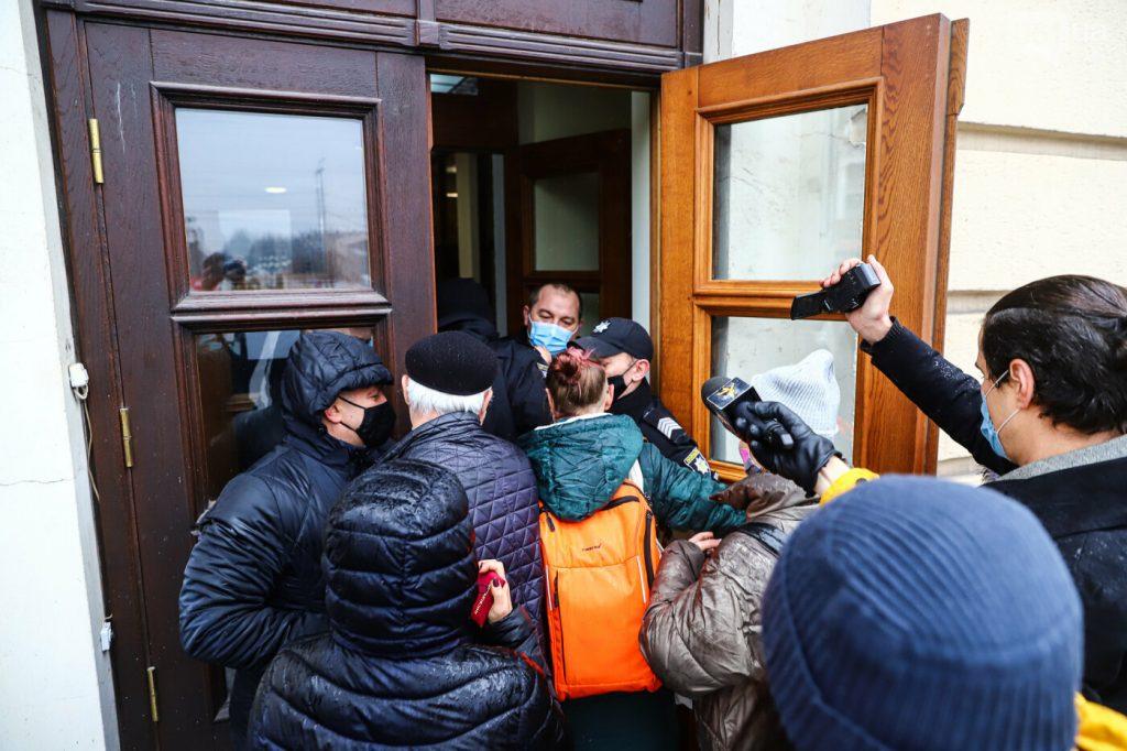 Журналістів не пускають на сесію міської ради