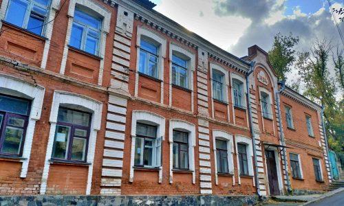 Будівлю з підземним ходом у центрі Вінниці збираються продати за чотири з половиною мільйонів гривень